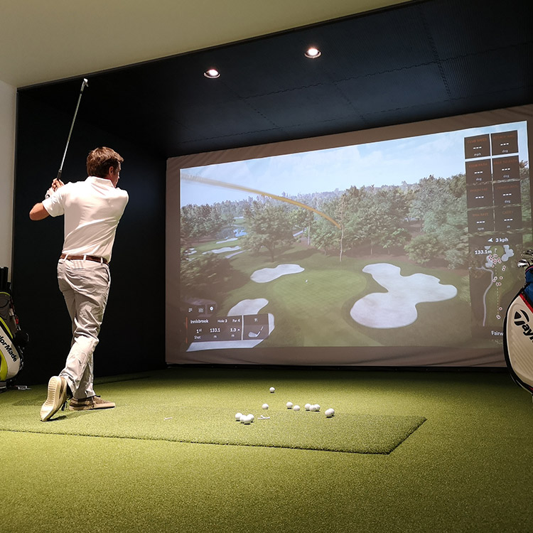 golf-indoor-trackman-paris-france