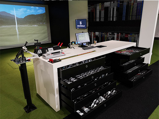 golfskills-fitting-center-paris-france-true-spec-golf-machine