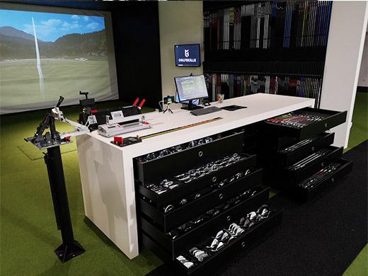 golfskills-fitting-center-paris-france-true-spec-golf-machine