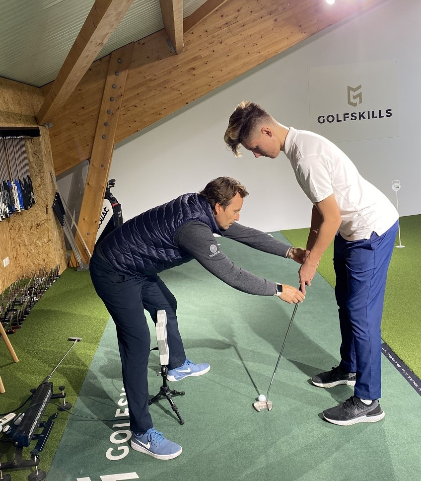 cours-de-putting-indoor-paris-golfskills-france