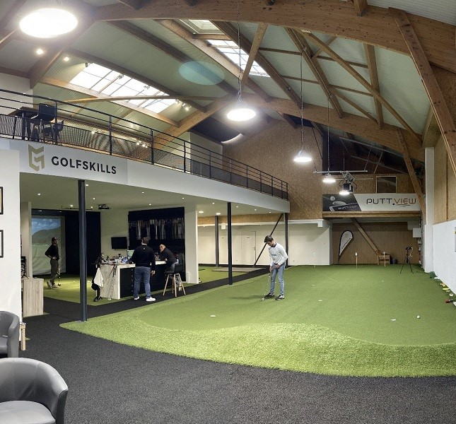 studio-de-putting-indoor-installation-golfskills-paris-france-sam-putt-lab